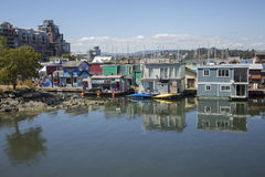 Kleurrijke woonboten in Victoria, Canada Royalty-vrije Stock Foto's