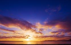 Kleurrijke zonsondergang over Capo Caccia Stock Foto