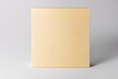 Kleverig van de Achtergrond nota'sblocnote Geel Vierkant Wit Bureausupplement stock foto's