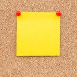 Kleverige gele lege nota Stock Foto