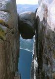 klibbad fången sten Arkivfoto