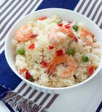 Klibbiga stekte ris med räkor Royaltyfria Foton