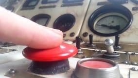 Klika dalej dużego czerwonego guzika zdjęcie wideo
