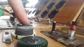 Klika dalej produkcja guzika zbiory