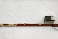 Klimaanlage auf weißer Wand Lizenzfreies Stockfoto
