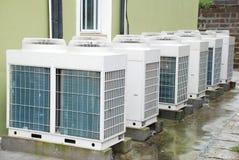 Klimaanlagen-Maßeinheit Stockfotos