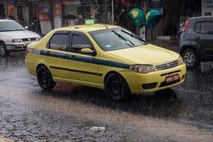 Klimaat: De zomerregen in Rio de Janeiro Royalty-vrije Stock Foto's