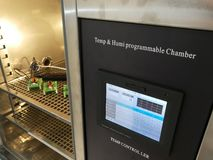 Klimatyczna sala dla środowiskowych testów elektroniczni produkty zdjęcia stock