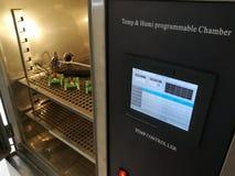 Klimatyczna sala dla środowiskowych testów elektroniczni produkty zdjęcie stock