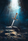 Klinge im Stein-excalibur lizenzfreies stockbild