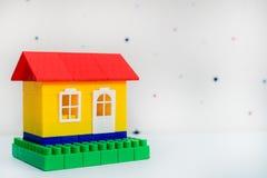 Klingeryt zabawki dom obrazy stock