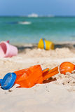 Klingeryt zabawki przy karaibską plażą zdjęcie royalty free