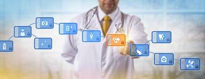 Kliniker-zugreifender Block in medizinischem Blockchain Stockfotografie