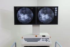Klinisk laboratoriummaskin royaltyfri bild
