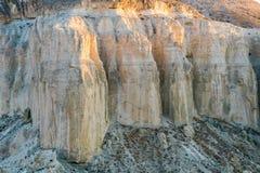 Klip op de rand van het Ustiurt-plateau, Kazachstan Royalty-vrije Stock Foto's