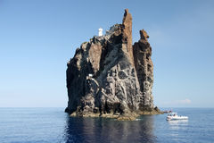 Klip Strombolicchio, Italië Stock Foto's