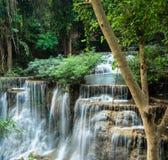 Klip van watervallen in Huay Mae Khamin Royalty-vrije Stock Afbeelding