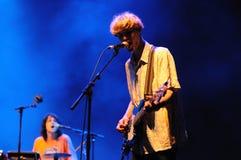 Klipp ditt hår (spanjormusikband) utför på Sant Jordi Club på Juni 9, 2012 i Barcelona Arkivbilder