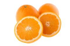 klipp hela apelsiner Arkivbild