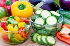 klipp nya grönsaker Royaltyfria Foton