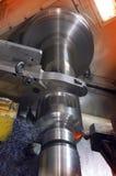 klippa den industriella drejbänken Royaltyfri Fotografi