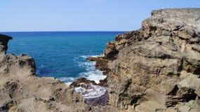Klippa i Cuevaen del Indio, Arecibo, Puerto Rico Arkivfoton