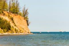Klippa på Gdynia Orlowo på det baltiska havet, Polen Arkivbild