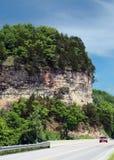 Klippa vid den Gasconade floden, Pulaski County, Missouri Royaltyfria Bilder