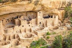 Klippaboningar i Mesa Verde National Parks, Co, USA Arkivbilder