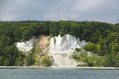 Klippakust på ön av Ruegen i Tyskland Royaltyfri Fotografi