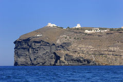 Klippe auf dem Meer Stockfoto