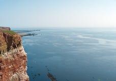 Klippe auf einer Insel Lizenzfreie Stockfotos