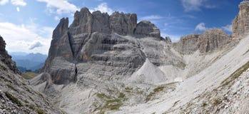 Klippe im Dolomit-Berg Stockfoto