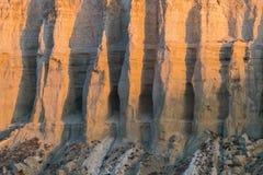 Klippe am Rand der Ustiurt-Hochebene, Kasachstan Lizenzfreies Stockbild