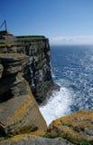 Klippe Westray; Orkney Lizenzfreie Stockbilder