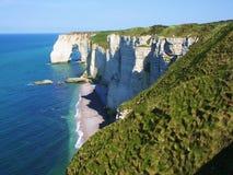 Klippen auf dem Strand in Normandie Stockbilder