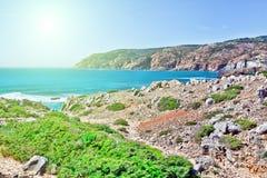 Klippen und Felsen auf der Atlantik-Küste Lizenzfreies Stockfoto