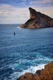 Klippen und Nebenflüsse über dem Meer am La Ciotat Lizenzfreie Stockbilder