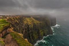 Klippen van Moher, Gallway, Ierland Stock Foto
