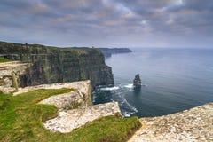 Klippen van Moher in Ierland stock foto's
