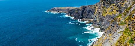 Klippen van Valentia Island Ireland royalty-vrije stock afbeeldingen
