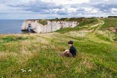 Klippen von Etretat, Normandie Stockbild