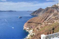 Klippen von Santorini-Kessel, Griechenland Stockbild