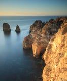 Klippengezichten in Pointe DE Piedade, Algarve, Portugal Royalty-vrije Stock Fotografie