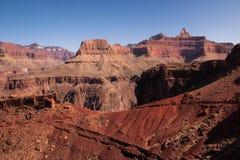 Klippor av den Grand Canyon sikten från södra Kaibab skuggar Arkivfoto