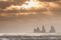 Klippor av Island Royaltyfri Foto