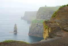 Klippor av Moher. Co. Clare. Irland Royaltyfria Bilder