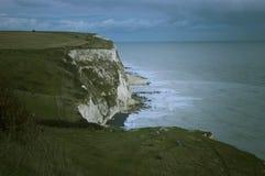 klippor dover arkivfoton