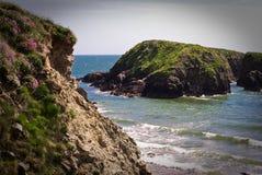 klippor ireland Arkivbilder