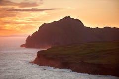 Klippor och havet Royaltyfria Foton